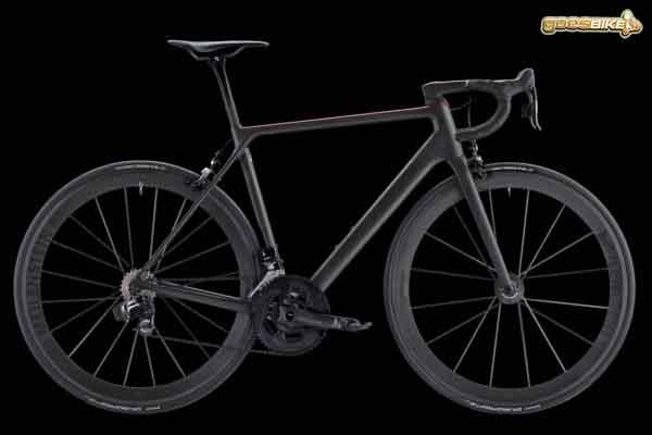Canyon Ultimate CF EVO 10.0 SL road bike sepeda ringan di kelas 5kg