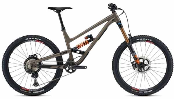 Commencal Clash model 2021 ban 650b kelas Downhill atau Freeride
